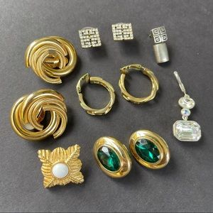 Assorted Givenchy earrings GT/ rhinestone